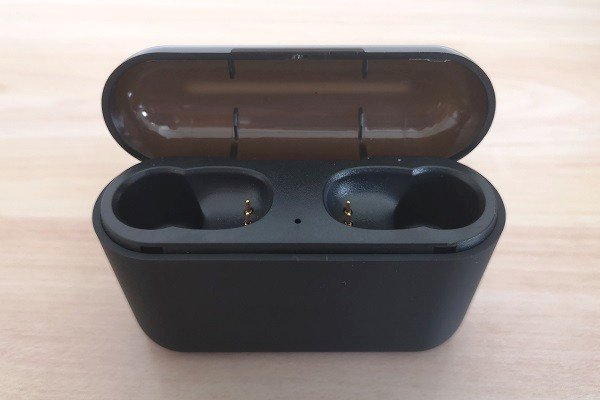 Q32TWS Case Earphone 1