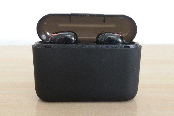 Q32TWS Case Earphone 2