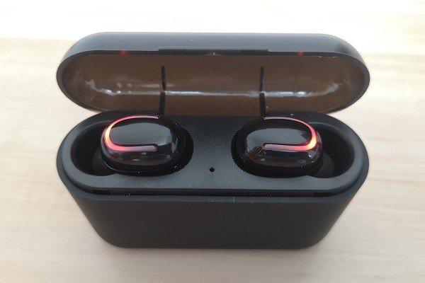 Q32TWS Case Earphone 3