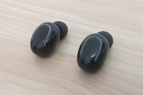 Q32TWS Earphone 2