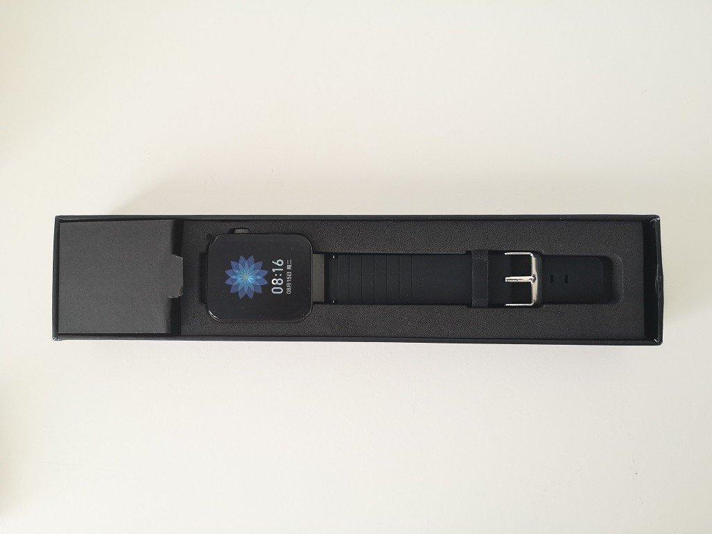 Mi5 Watch Unbox 1